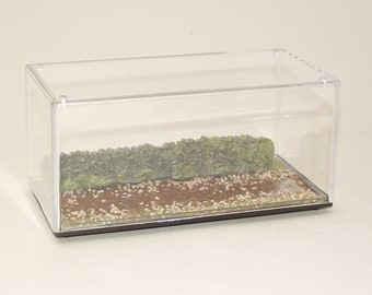 Display Case Diorama for 1:43 Model Cars Rough Terrain with Mud Finish and Wall