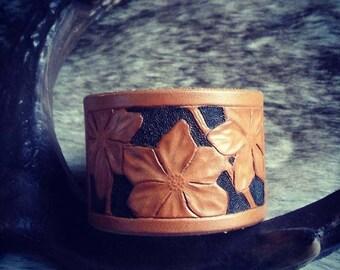 Leather Bracelet flowers