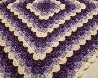 Shell Blanket - Shades of Purple