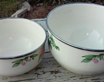 Enamel ware nesting set of bowls