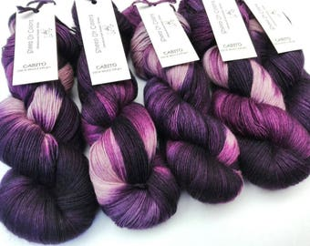 Hand Dyed - Cabito yarn of Sheep Uy Colors - 100 % Wool - Uruguayan Wool - Color Grapes #1014