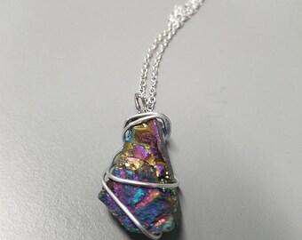 Shiny Stone Pendant