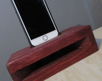Phone dock with acoustic speaker (Iphone & Andriod)