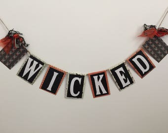 WICKED Word Garland