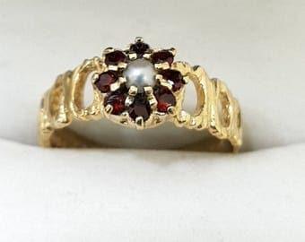 9ct Yellow Gold, Garnet & Pearl Ring