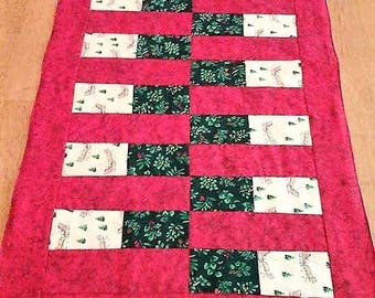 Christmas Red Brick Quilted Table Runner