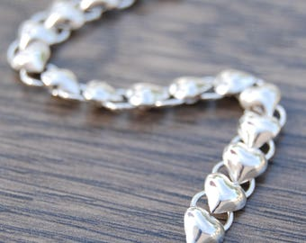 7 inch Sterling Silver Puffed Heart Link Bracelet DB1R