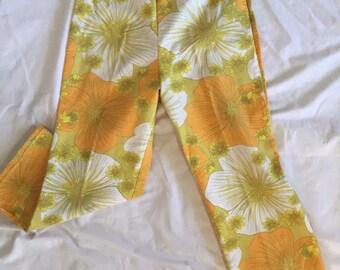 Handmade 1960's floral capri pants sz 28in