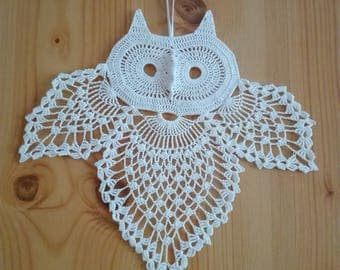 Crochet white owl