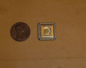 Very Rare 1997 Vintage Z86E4416YSE ZILOG Micropocessor in PLCC44 Ceramic Gold Platted