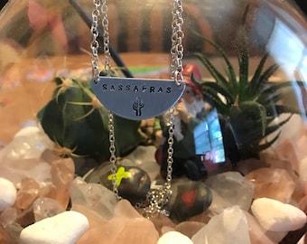 sassfras half moon necklace