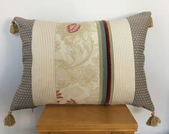 Hand made Pillow,Interior  design Pillow ,vintage cushion,Decorative cushion beautiful cushion,luxurious cushion