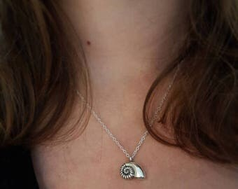 925 Silver necklace with shell