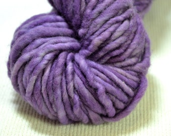 New Color Yarn Hollow Burly Hand Dyed Super Bulky Wool Yarn Single Ply Lavender Gray Semi Solid 66 yards 4 ounces