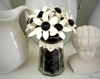 Repurposed Button Bouquet Paper Flowers Vintage Black Button Filled Sugar Shaker Shabby Cottage Chic Wedding Favor Home Decor