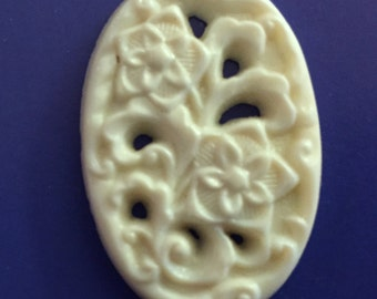 Vintage antique glass (1) Czech floral white  oval detailed carved pierced stone cabochon cab 1920s (1)