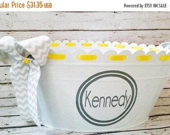 Items Similar To Personalized Scalloped Oval Tub On Etsy