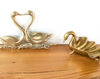 Brass Swan Dish & Wall Hooks. Brass Bird Soap Dish, Trinket Dish. Gold Key Rack, Necklace Hanger Jewelry Storage. Vintage Brass Animals.