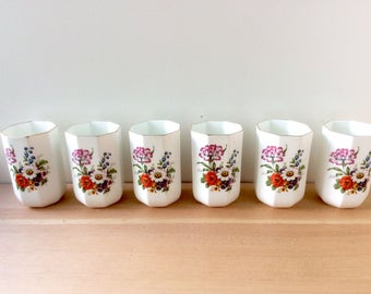 Set of Mini Planters / Cups. Bright Flower Vases, White Bone China, Gold Rim. Geometric Shape, Made in India. SIX.