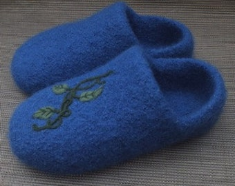 Wool Felted Clog Slippers with a Needle Felted Design