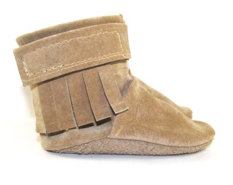 Soft Sole Leather Fringe Baby Shoes Boots 0 to 6 Month