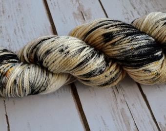 Hedwig - SW merino Worsted Weight, 218 yards, 100g yarn