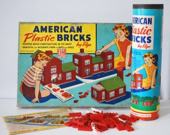 Elgo American Bricks, 1940s 1950s Building Set, Toy Plastic Blocks, 900+ Pieces, Sets No. 715, 60/2-P, House Building Set, Retro Collectible
