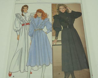 Butterick Misses' Dress Pattern 4653 Size 12