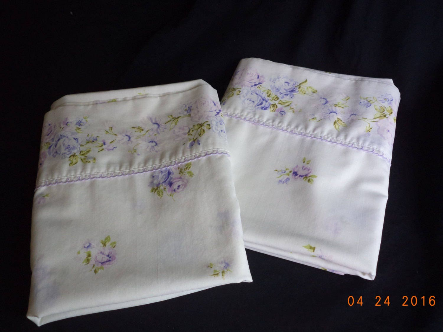 Shabby Chic Body Pillow : Vintage shabby chic lavender / purple / violet roses