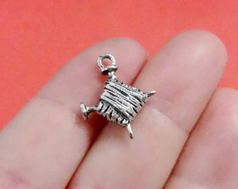 10, Knitting, Needle and Yarn (3D) Charms 16x19.5mm, Hole Approx. 1-2mm ITEM:BZ2
