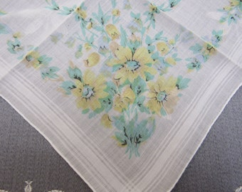 Vintage Printed Linen YELLOW DAISIES Handkerchief Hand Rolled Edge Mother's Day Birthday Gift Springtime Garden Green