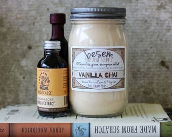 Vanilla Soy Candle // vanilla, clove, patchouli, chai spices, natural, soy, artisan candle, hand poured candle