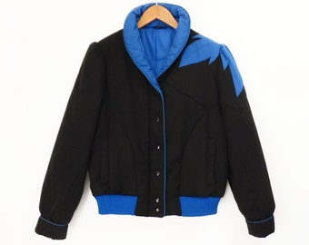 80's PUFF SLEEVE ski jacket // puffy cropped // vintage bomber jacket // black and blue applique