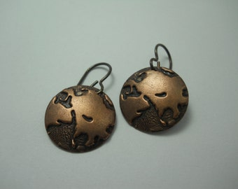 Earrings Dangle Copper Earth Globe Planet Jewelry Embossed Metal Discs Planetary World Travel