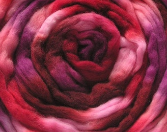 100g Space-Dyed 20 Micron Falkland Top - Red Red Wine