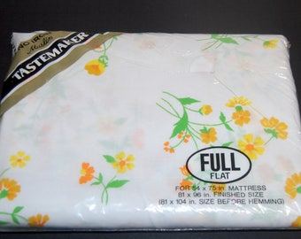 Vintage NEW Tastemaker FULL Flat Sheet Sunny Yellow Floral Sealed 50/50 Blend