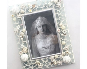 Frosted Glass Mosaic Frame, Wedding White Frosted Glass Mosaic Frame, Wedding Mosaic Photo Frame,  4 x 6 Embellished Bridal Wedding Frame