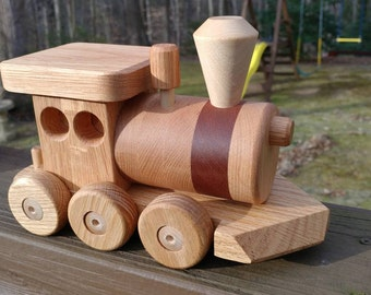 Free Shipping! Wooden Train set 6 car Handmade toy oak and mahogany Heirloom Quality  Beautifully hand finished.