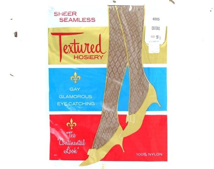 Vintage Nylon Stockings - 1960s Textured Seamless Nylon Stockings Taupe Size 9.5 (Medium) - Vintage Hoisery