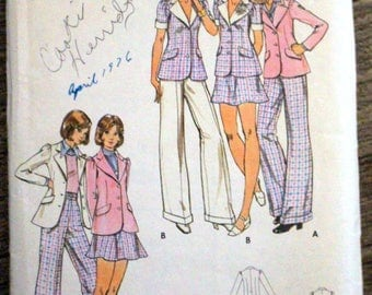 Vintage Butterick #3054 sewing pattern - Young Junior/Teens size 11/12 - Jacket, skirt and pants - probably from the 1970s