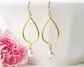 White Pearl Dangle Earrings, Bridesmaid Jewelry