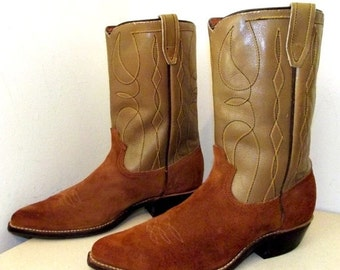 ON SALE Vintage Western Cowboy Boots size 10 D or Cowgirl size 11.5 - Acme brand