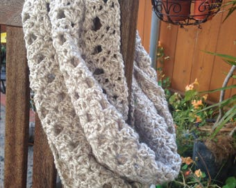 Sale Infinity scarf grey and ivory mix