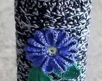 Bonnie's OOAK -Antique Blue/Black  Crochet Cotton Thread Item  Standard  Size  Lighter Case W/Blue Flower/Leaves Decor @ cyicrochet