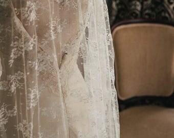 Traditional Chantilly Lace Veil, Wedding Veil, Wedding Vail, Wedding Viel, Chantilly Lace Wedding Veil