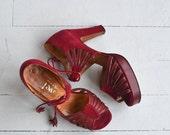 25% OFF THE SHOP... Garnache tassel platforms   vintage 1970s platforms   red leather 70s platform shoes