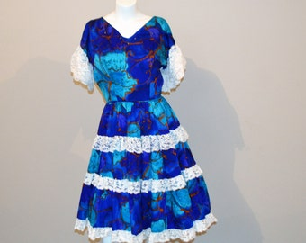 Vintage Dress Resort Style Peasant and Royal