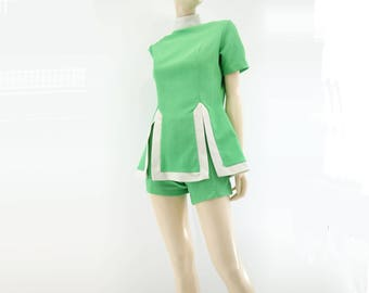60s Hot Pants 60s Mod Shorts Set 60s Shorts and Tunic Vintage Playsuit Vintage 60s Romper Vintage 60s Shorts Green Shorts Set 60s Tunic m