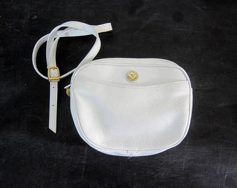 90s Small White Leather Purse with Crossbody Strap Preppy Shoulder Bag Vintage Simple Cross Body Preppy Purse Purse