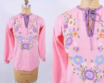 WINTER SALE / 1960s sweater vintage 60s pink floral embroidered keyhole long sleeve top S
